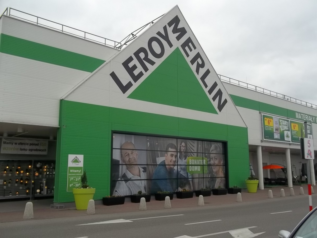 Leroy merlin successes visualcom for Leroy merlin carrucola